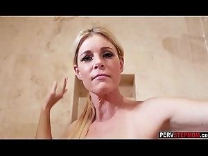 Piping hot MILF stepmom sucks a stepsons dick farther down a shower