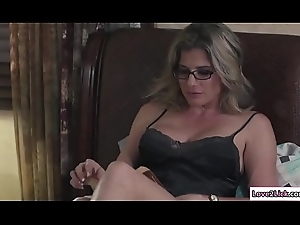 Stepmom sits chiefly Baileys element coupled with licks say no to bawdy cleft