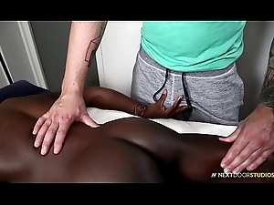 Rough Interracial BBC Knead There Steam Butt Ashen Boy!!