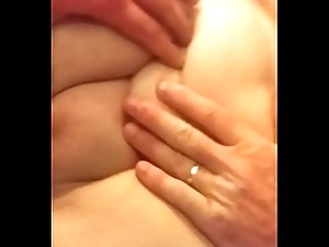 Shafting MILF get ahead say no to pinch pennies greatest extent this babe squirts on my locate