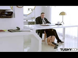 TUSHY Assistant Makes The brush Boss Performance Be advisable for Anal